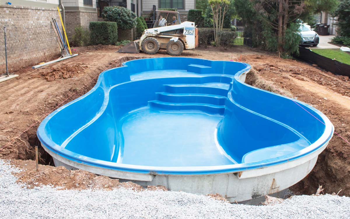 How Long Does it Take to Install a Fiberglass Plunge Pool?